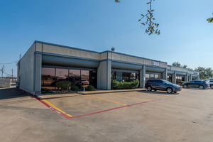 1404_and_1406_north_mcdonald_street_mckinney_texas_75069_(24)